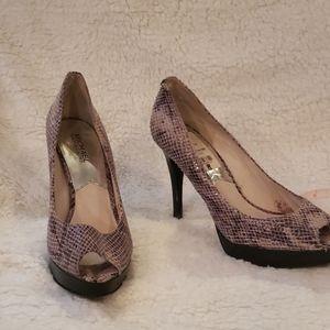 MK Snake skin heels